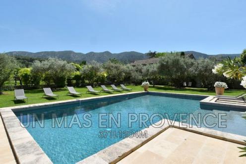 Maison de luxe à louer OPPEDE, 450 m², 6 Chambres,