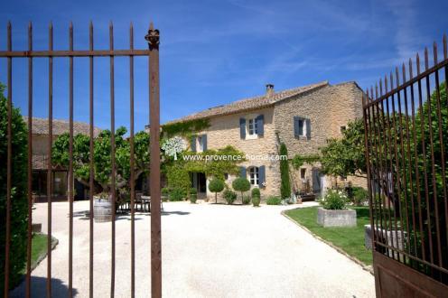 Proprietà di lusso in vendita MENERBES, 378 m², 7 Camere, 1890000€
