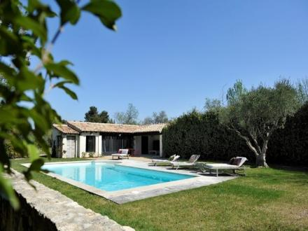 Luxury House for rent SAINT REMY DE PROVENCE, 360 m², 8 Bedrooms