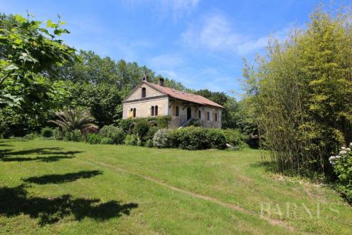 Propriété de luxe à vendre BIARROTTE, 300 m², 4 Chambres, 750000€