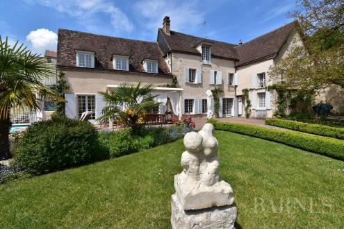 Casa di lusso in vendita HOUX, 300 m²