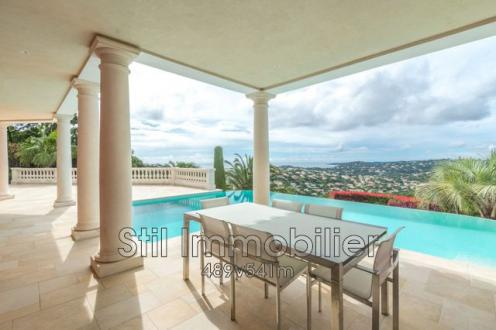Villa de luxe à vendre SAINTE MAXIME, 200 m², 3 Chambres