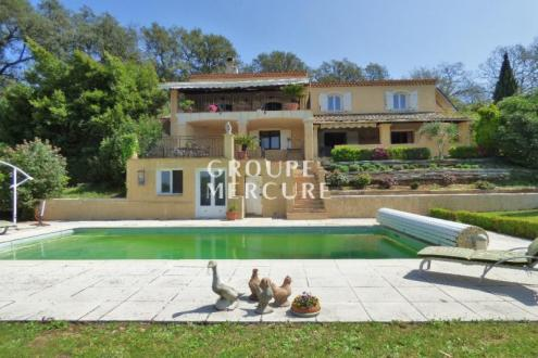 Luxus-Haus zu verkaufen LA GARDE FREINET, 250 m², 5 Schlafzimmer