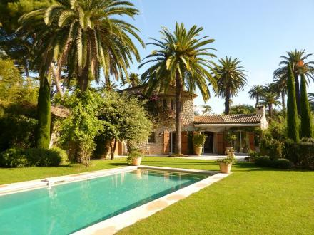 Luxury House for rent CAP D'ANTIBES, 180 m², 4 Bedrooms