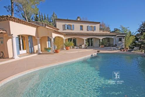 Luxury House for sale ROQUEFORT LES PINS, 200 m², 5 Bedrooms, € 980 000