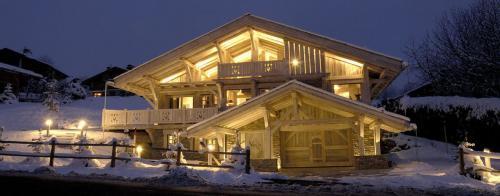 Luxury Chalet for rent DEMI QUARTIER, 350 m², 6 Bedrooms