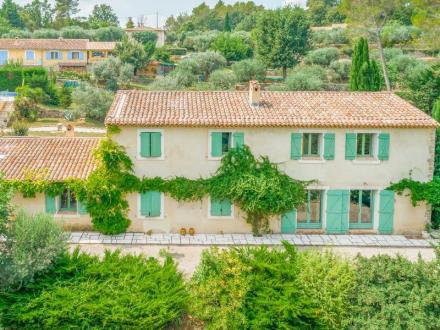 Villa de luxe à vendre SEILLANS, 330 m², 7 Chambres, 869000€