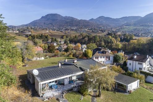 Casa di lusso in vendita La Tour-de-Peilz, 450 m²