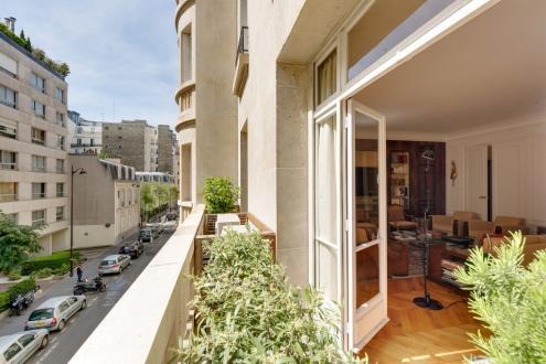 Luxus-Wohnung  zu vermieten PARIS 8E, 215 m², 3 Schlafzimmer