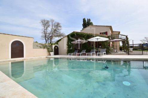 Casa di lusso in affito MAUSSANE LES ALPILLES, 330 m², 5 Camere,
