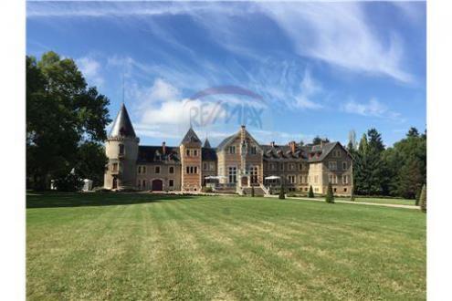 Château / Manoir de luxe à vendre MOULINS, 3500 m², 25 Chambres, 4950000€