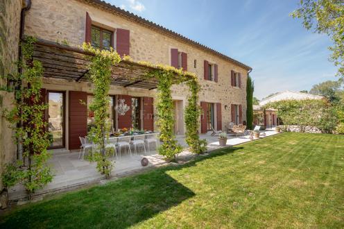 Maison de luxe à louer AIX EN PROVENCE, 310 m², 4 Chambres,