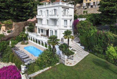 Maison de luxe à louer VILLEFRANCHE SUR MER, 300 m², 6 Chambres