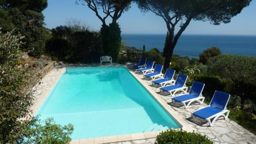 Luxury House for rent SAINTE MAXIME, 234 m², 5 Bedrooms,