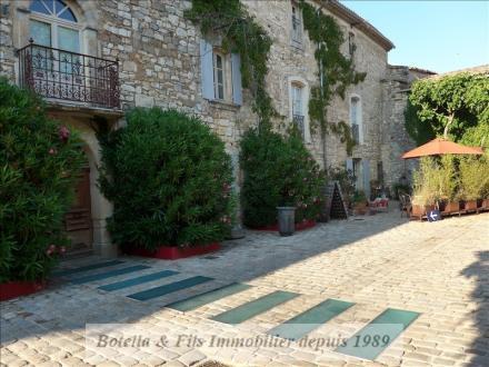Vente propri t villa de prestige uzes lux for Achat maison uzes