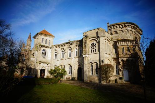 Casa di lusso in vendita COMPIEGNE, 352 m², 3 Camere, 750000€