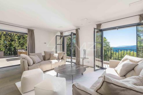 Villa de luxe à vendre MOUANS SARTOUX, 220 m², 4 Chambres