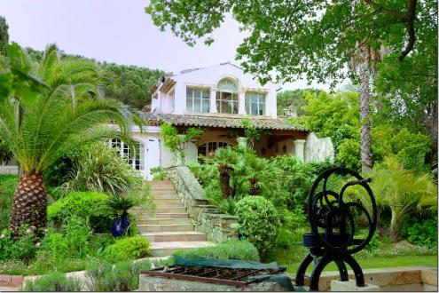 Maison de luxe à vendre SAINT TROPEZ, 532 m², 8 Chambres