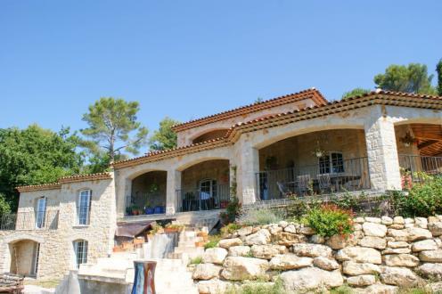 Luxury Villa for sale CALLIAN, 300 m², 6 Bedrooms, €798000