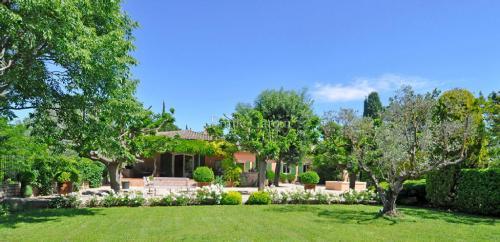 Luxury Property for sale SAINT REMY DE PROVENCE, 5 Bedrooms
