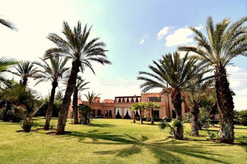 Villa de luxe à vendre MARRAKECH, 1600 m², 7 Chambres, 2500000€