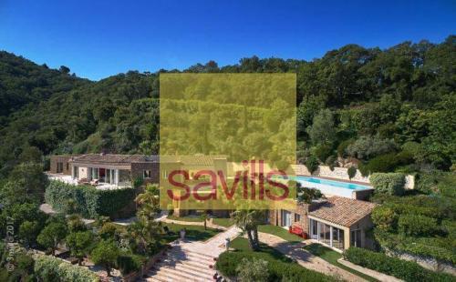 Maison de luxe à louer GASSIN, 400 m², 5 Chambres
