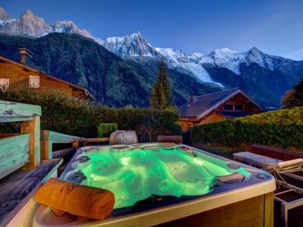 Luxury Chalet for rent CHAMONIX MONT BLANC, 160 m², 4 Bedrooms