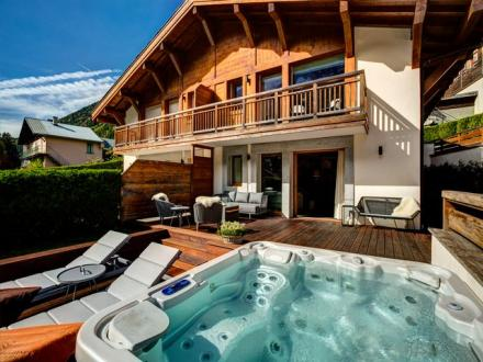 Luxury Chalet for rent CHAMONIX MONT BLANC, 160 m², 4 Bedrooms,