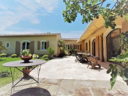 Luxe Huis te koop SAINT REMY DE PROVENCE, 197 m², 3 Slaapkamers, 1290000€
