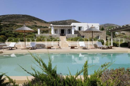 location luxe grece villas appartements de prestige. Black Bedroom Furniture Sets. Home Design Ideas