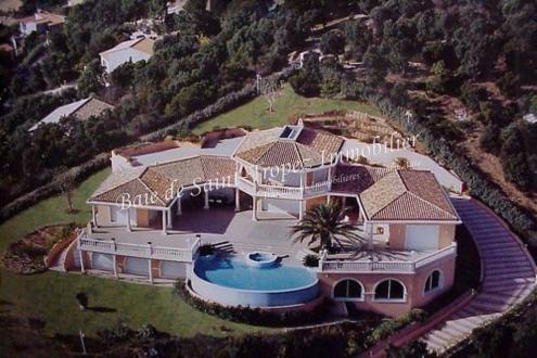 Luxus-Liegenschaft zu verkaufen LES ISSAMBRES, 800 m², 5 Schlafzimmer, 5950000€