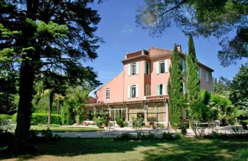 Luxus-Liegenschaft zu verkaufen EYGALIERES, 967 m², 8 Schlafzimmer, 1590000€