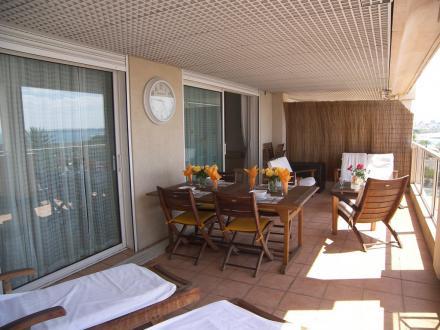Luxus-Wohnung zu verkaufen LE GOLFE JUAN, 91 m², 2 Schlafzimmer, 685000€