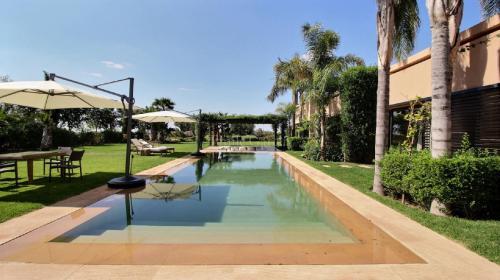 Villa de luxe à vendre SOUS MASSA DRAA, 500 m², 4 Chambres