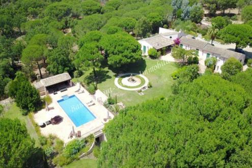 Maison de luxe à louer RAMATUELLE, 650 m², 7 Chambres