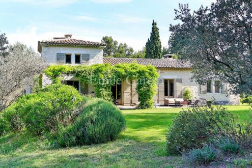Luxury House for rent SAINT REMY DE PROVENCE, 350 m², 8 Bedrooms