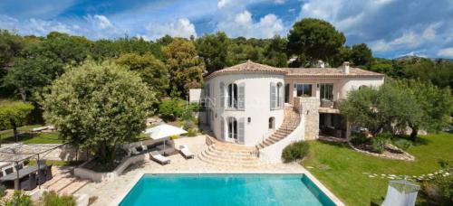 Maison de luxe à louer SAINT PAUL, 380 m², 6 Chambres