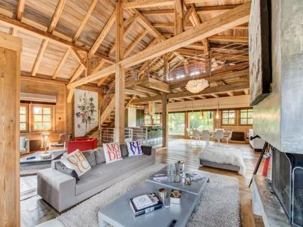 Luxury Chalet for rent MEGEVE, 240 m², 4 Bedrooms