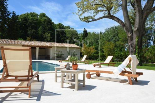Maison de luxe à louer SAINT REMY DE PROVENCE, 420 m², 5 Chambres