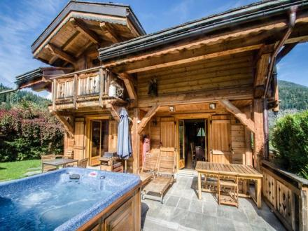 Luxury Chalet for rent CHAMONIX MONT BLANC, 200 m², 4 Bedrooms,