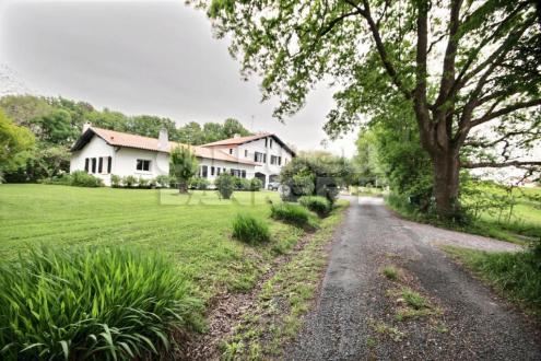 Luxus-Haus zu verkaufen ARBONNE, 330 m²