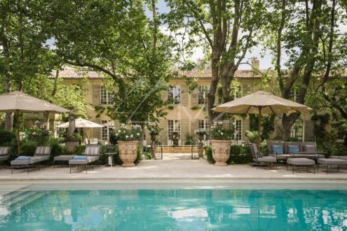 Luxus-Haus zu verkaufen VENTABREN, 600 m², 8 Schlafzimmer, 4495000€