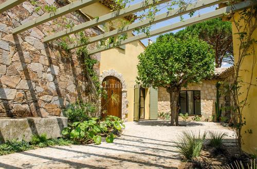 Villa de luxe à vendre SAINT TROPEZ, 372 m², 6 Chambres