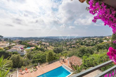 Villa di lusso in vendita VALLAURIS, 162 m², 4 Camere, 1250000€