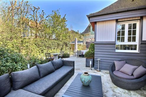 Maison de luxe à louer DEAUVILLE, 150 m², 4 Chambres