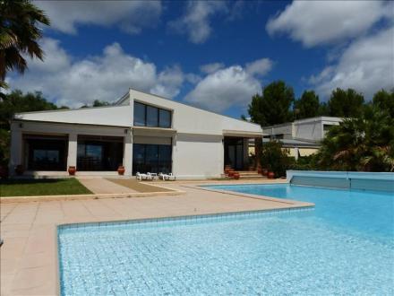 Maison de luxe à louer BEZIERS, 290 m², 4 Chambres