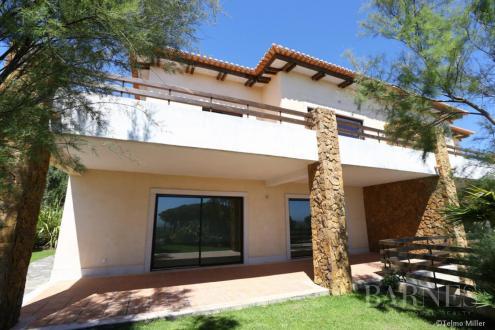 Maison de luxe à vendre Portugal, 388 m², 3 Chambres, 1135000€