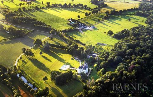 Château / Manoir de luxe à vendre RENNES, 750 m², 9 Chambres, 1590000€