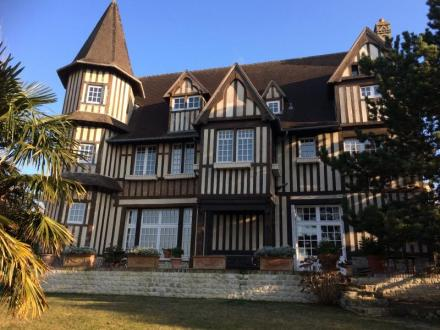 Casa di lusso in vendita TROUVILLE SUR MER, 395 m², 7 Camere