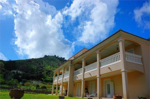 Maison de luxe à vendre ALATA, 296 m², 4 Chambres
